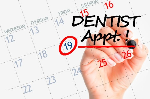 A dentist appointment is set on a calendar.